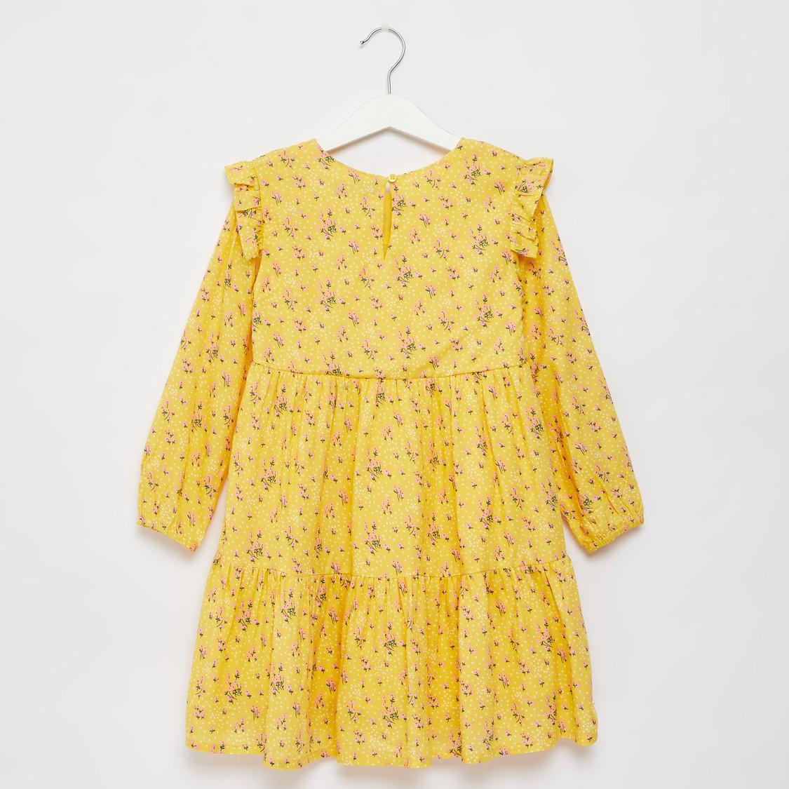فستان ميدي متعدد الطبقات بأكمام طويلة وتفاصيل كشكش وطبعات أزهار