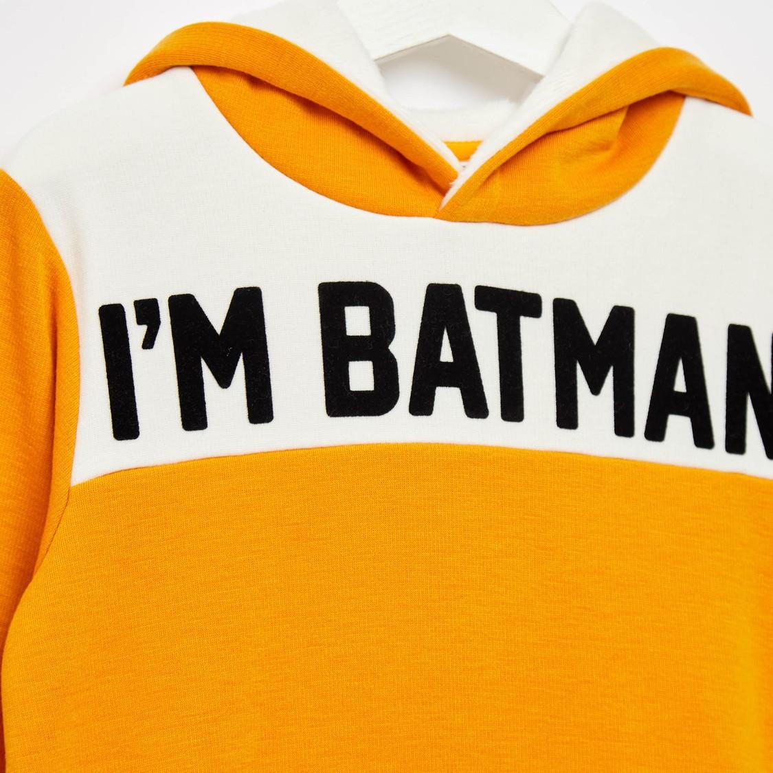 هودي بأكمام طويلة وجيوب كنغر وطبعات باتمان