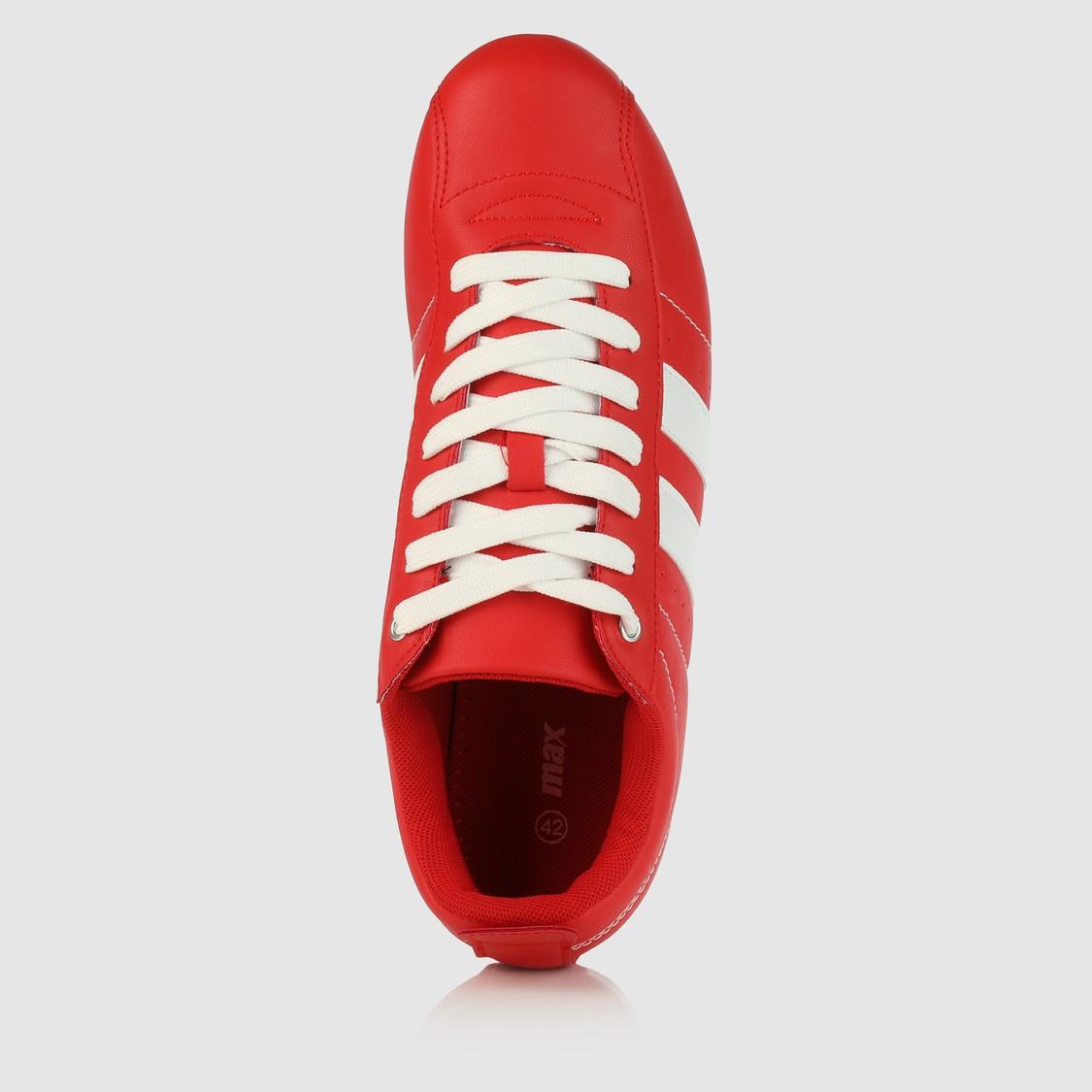 حذاء بارز الملمس برباط