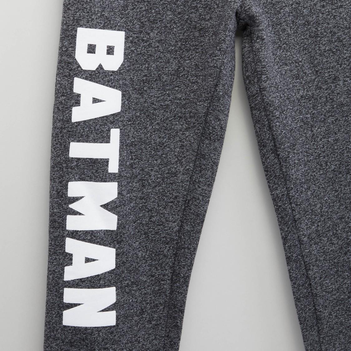 بنطلون رياضي بخصر مطّاطي ورباط مع طبعة باتمان