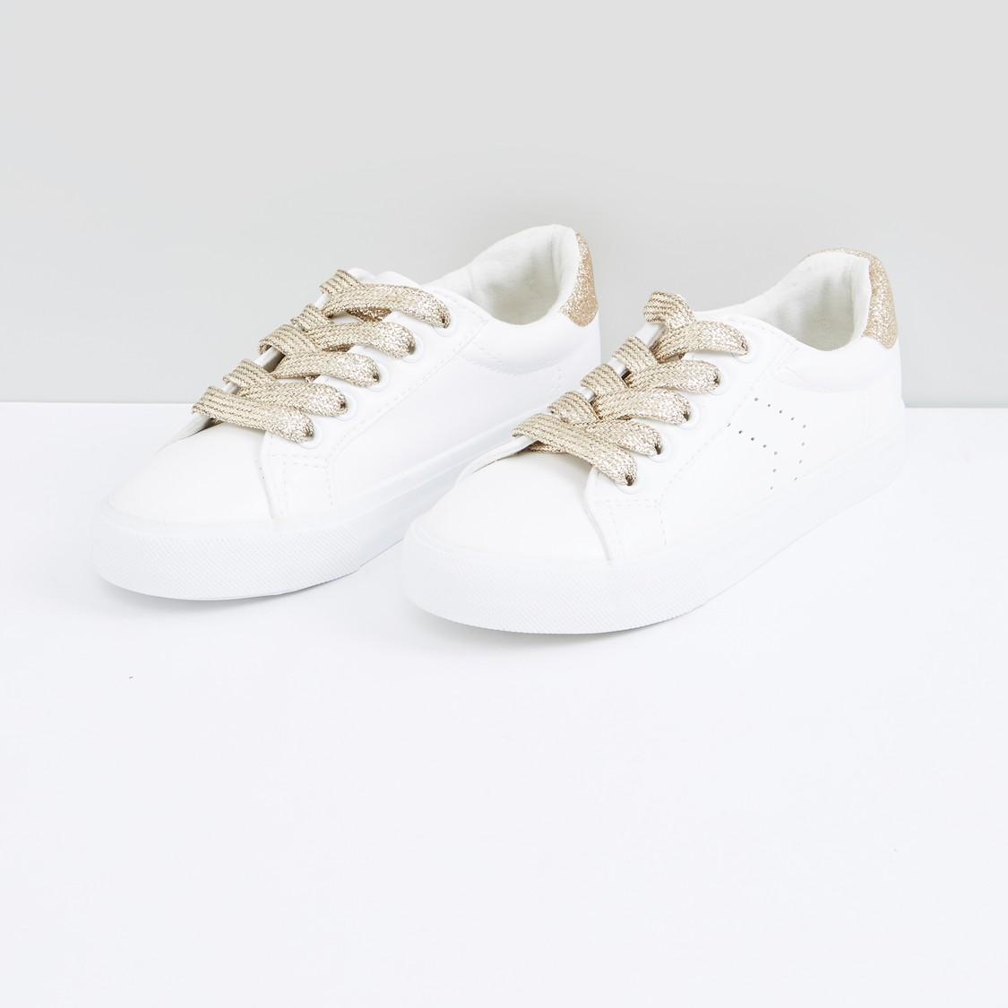 حذاء سنيكرز برباط وجليتر