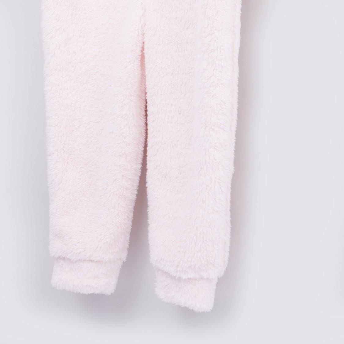بدلة نوم بارزة الملمس بقبّعة وأكمام طويلة - تشكيلة كوزي