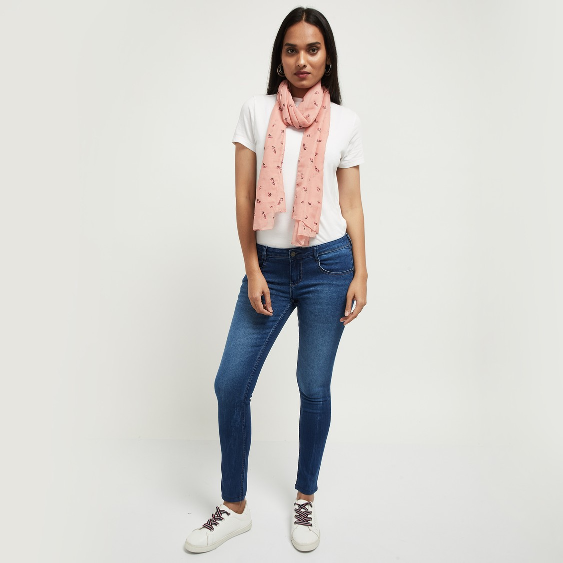 MAX Printed Hemmed Stole