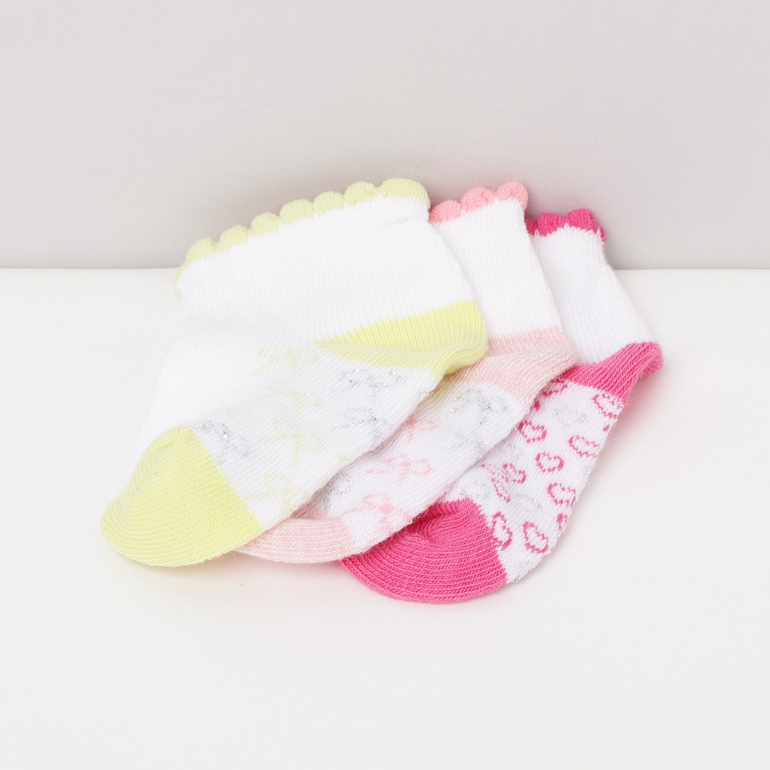 MAX Textured Socks- Pack of 4