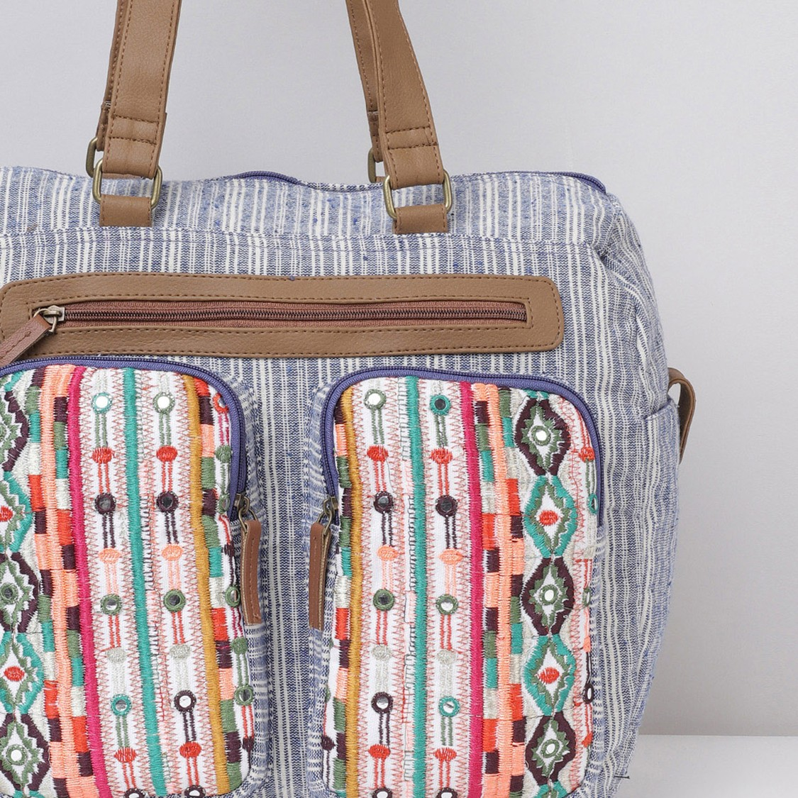 MAX Embroidered Shoulder Bag