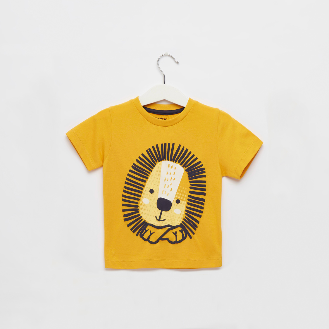 Lion Graphic Print T-shirt with Round Neck and Short Sleeves