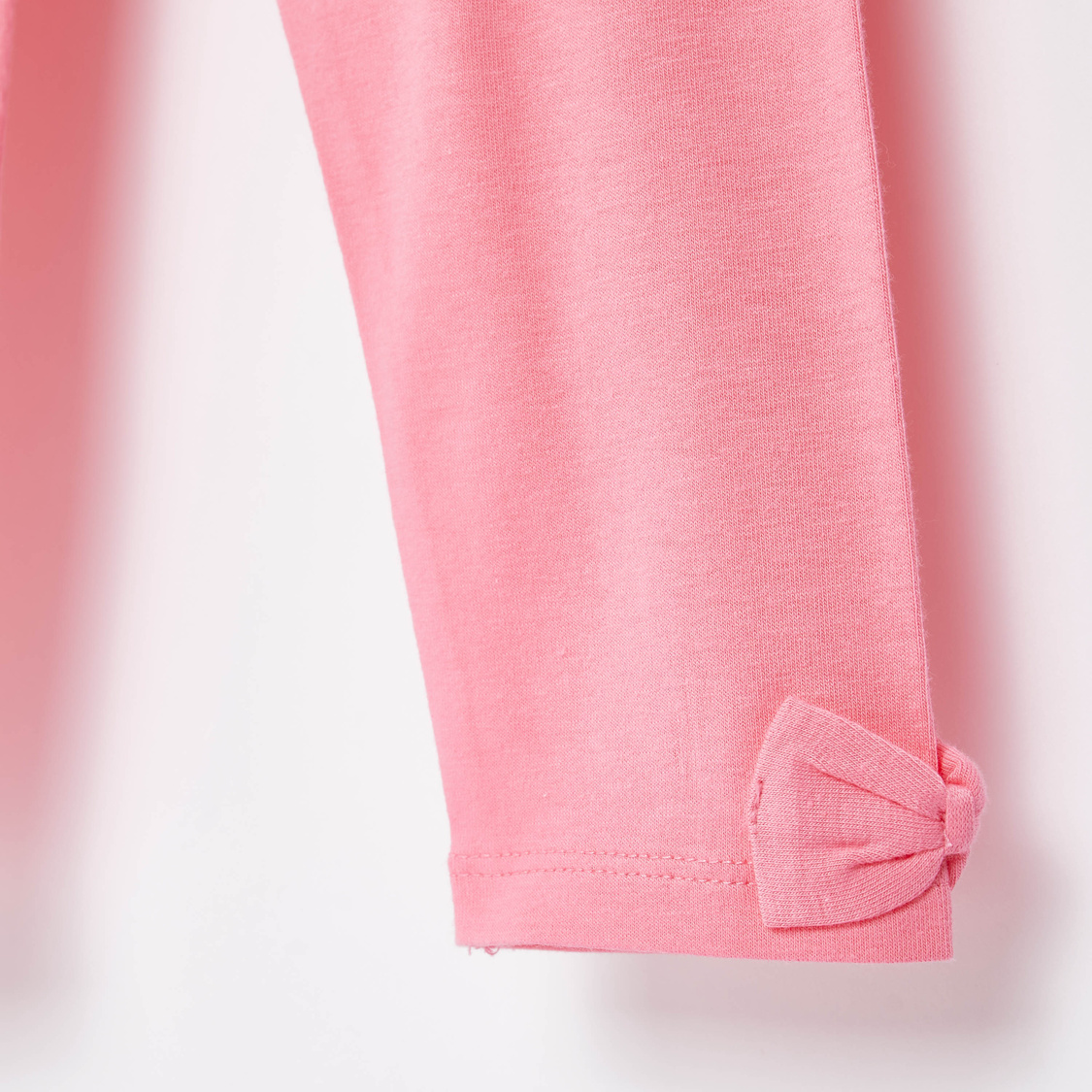 Skinny Fit Solid Leggings with Bow Applique and Elasticised Waistband
