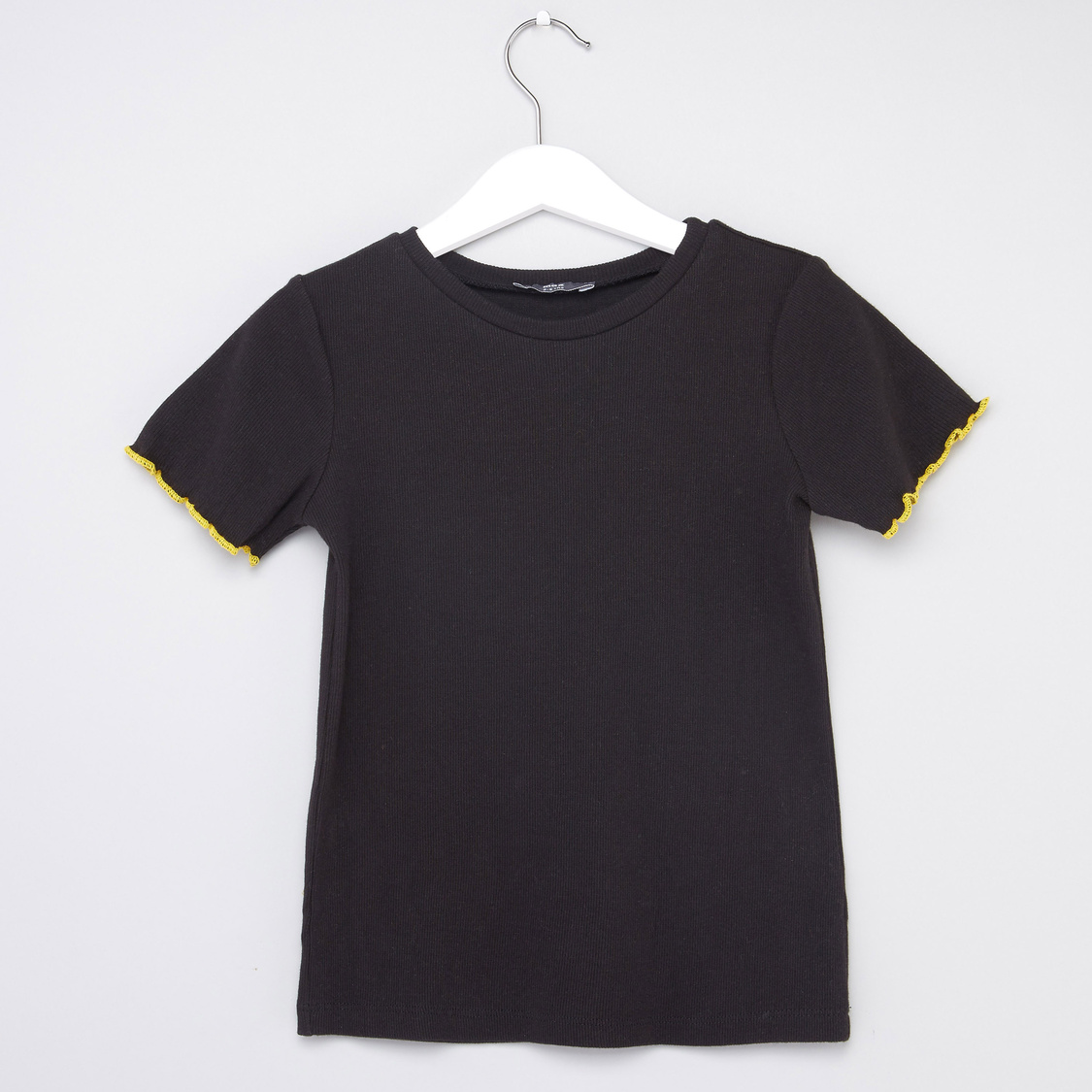 Ribbed T-shirt and Embroidered Pinni Set