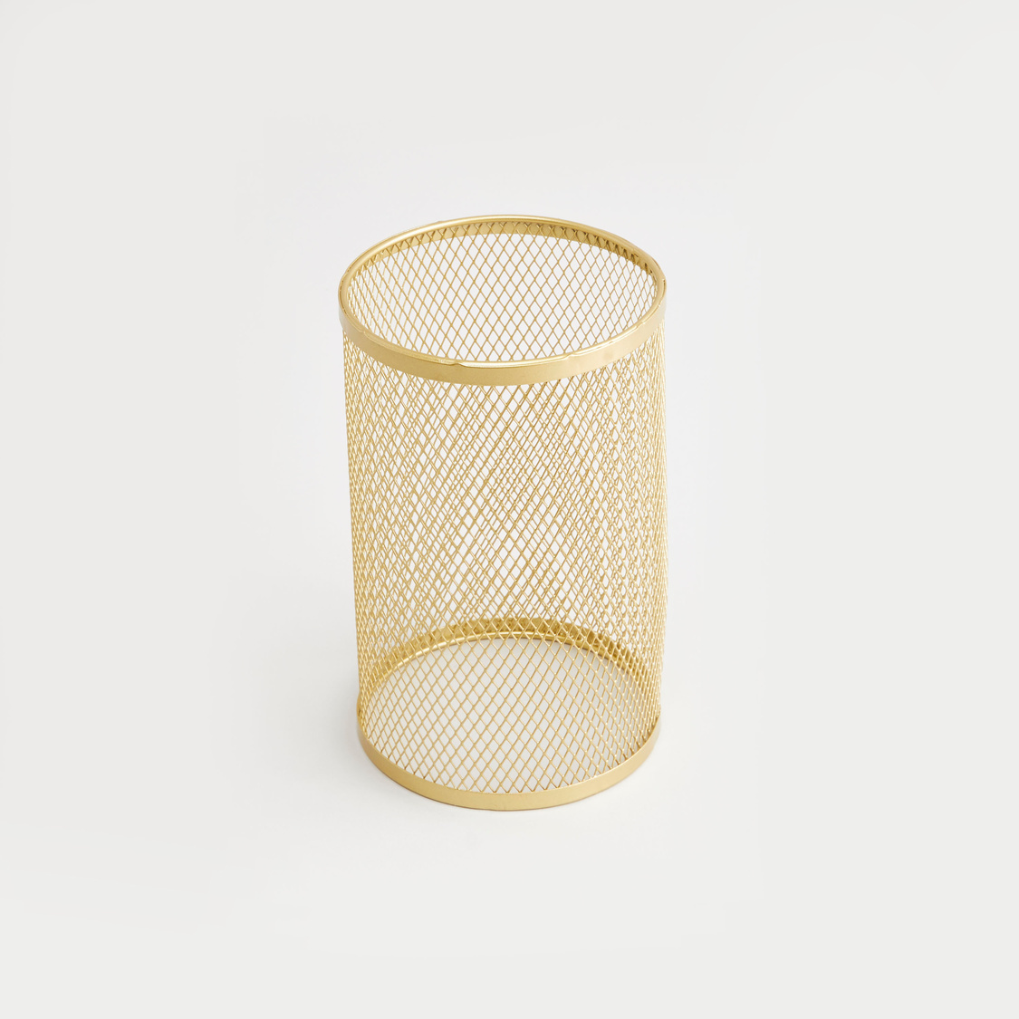 Cylindrical Candle Holder - 11x11x21 cms