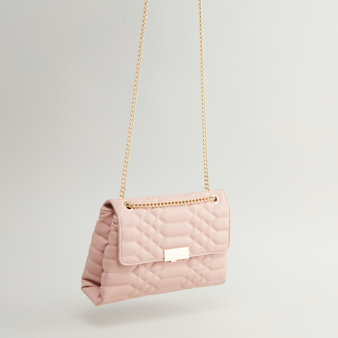 Textured Handbag with Magnetic Snap Closure and Metallic Chain