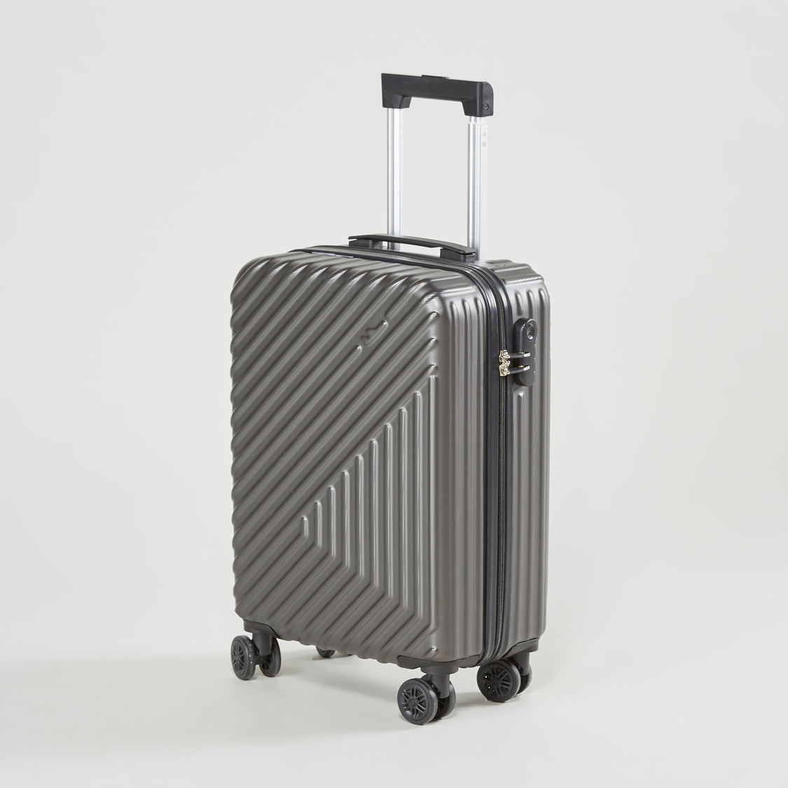 Textured Hard Case Trolley Bag with Swivel Wheels 37x56x22 cms
