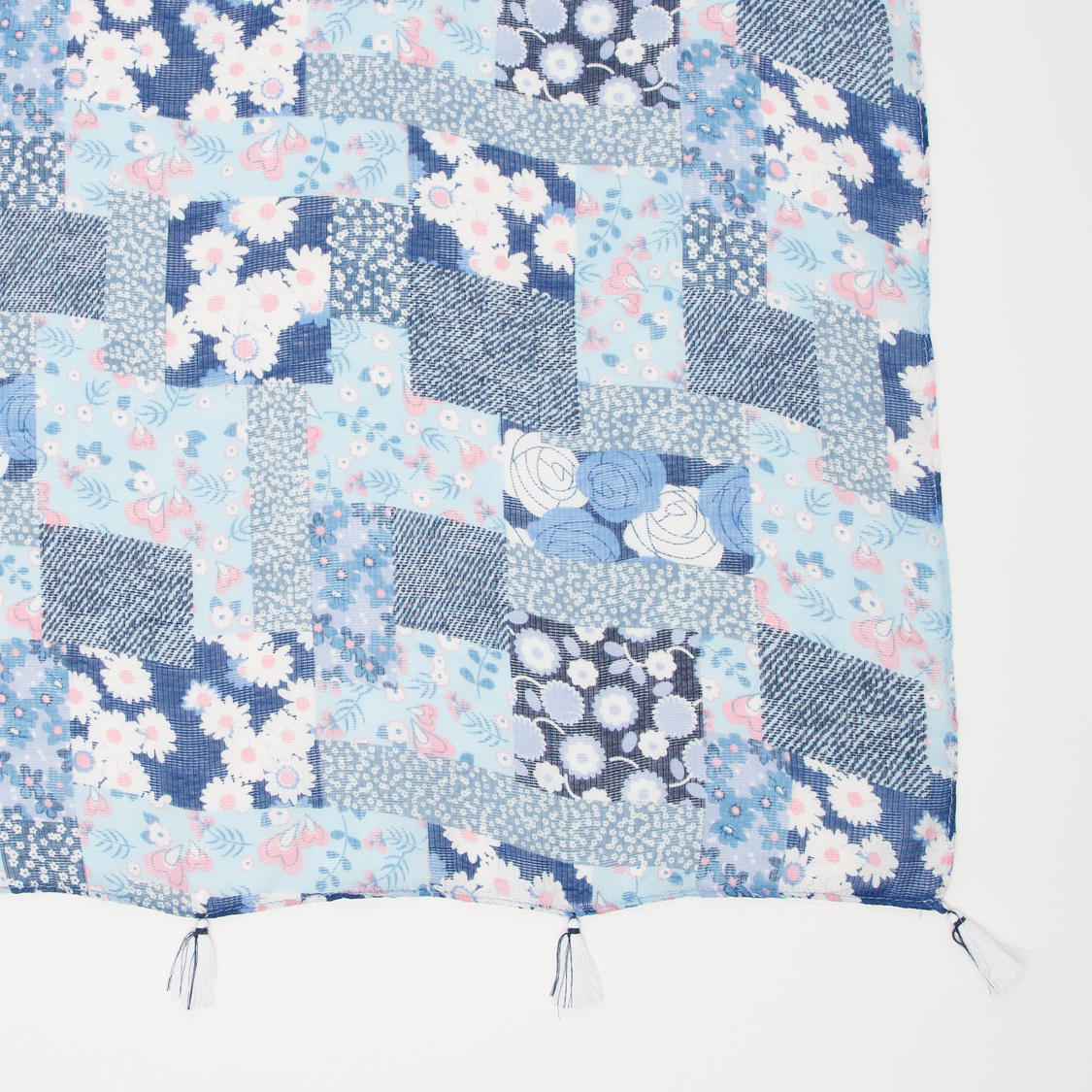 Printed Rectangular Scarf with Tassels
