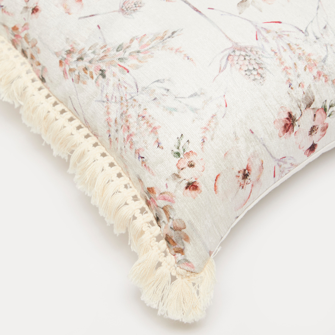 Printed Filled Cushion with Tassels - 45x45 cms