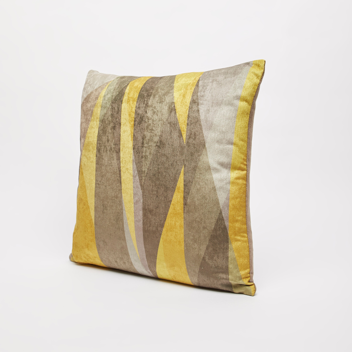 Printed Filled Cushion with Zip Closure - 45x45 cms