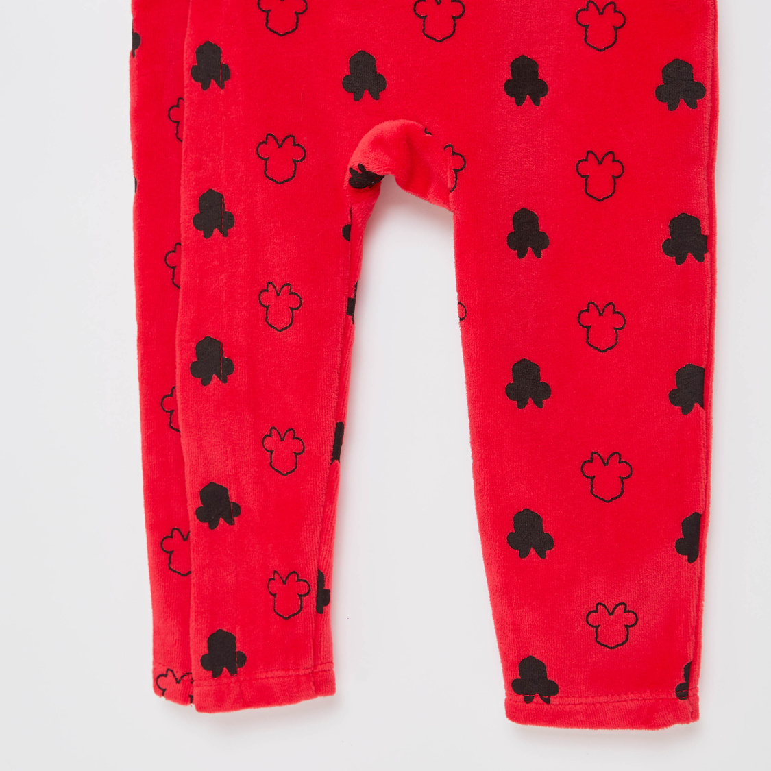 Minnie Mouse Print Full Length Sleepsuit with Round Neck
