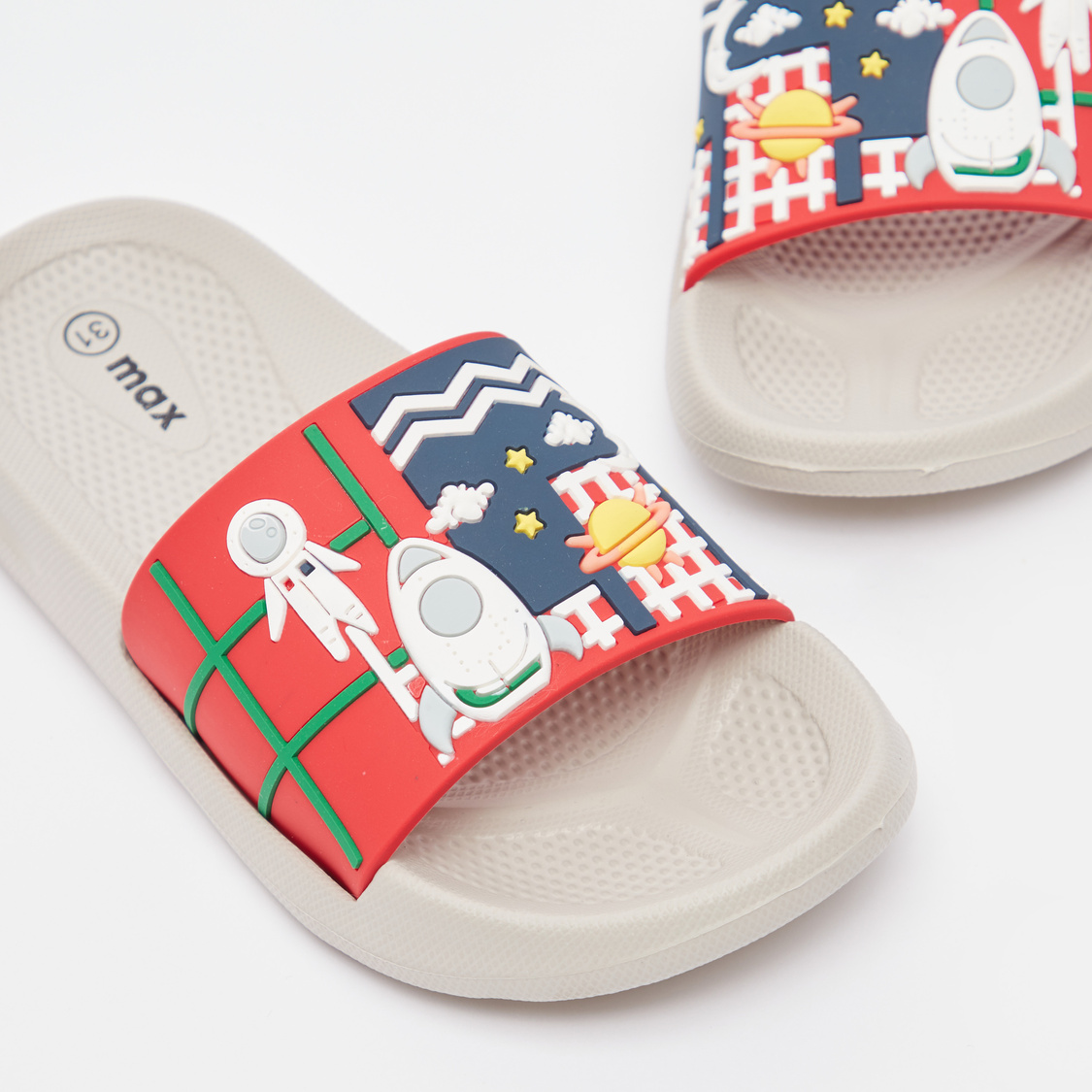 Graphic Print Slip On Slides with Patterned Footbed