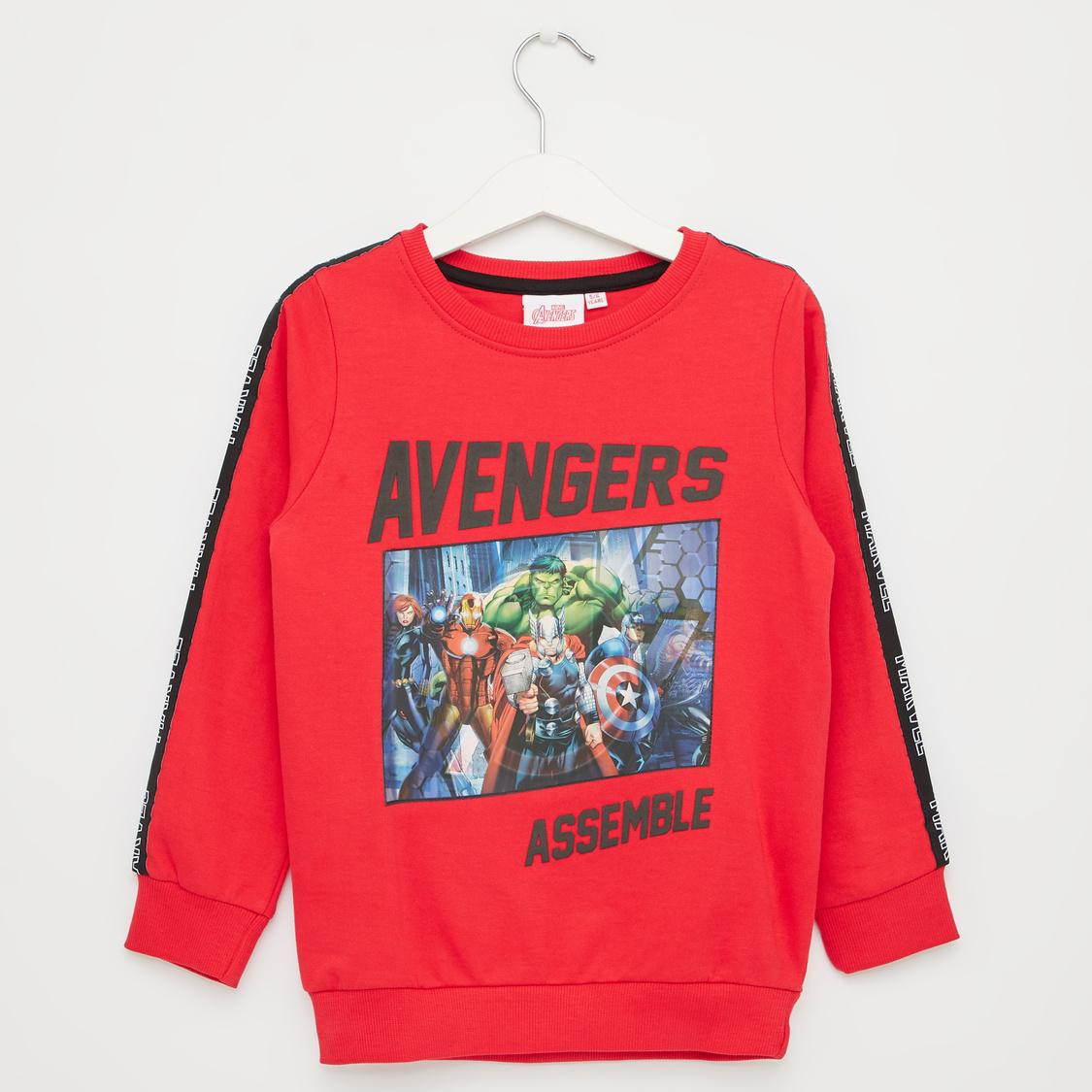 Avengers Print Round Neck Sweatshirt with Long Sleeves