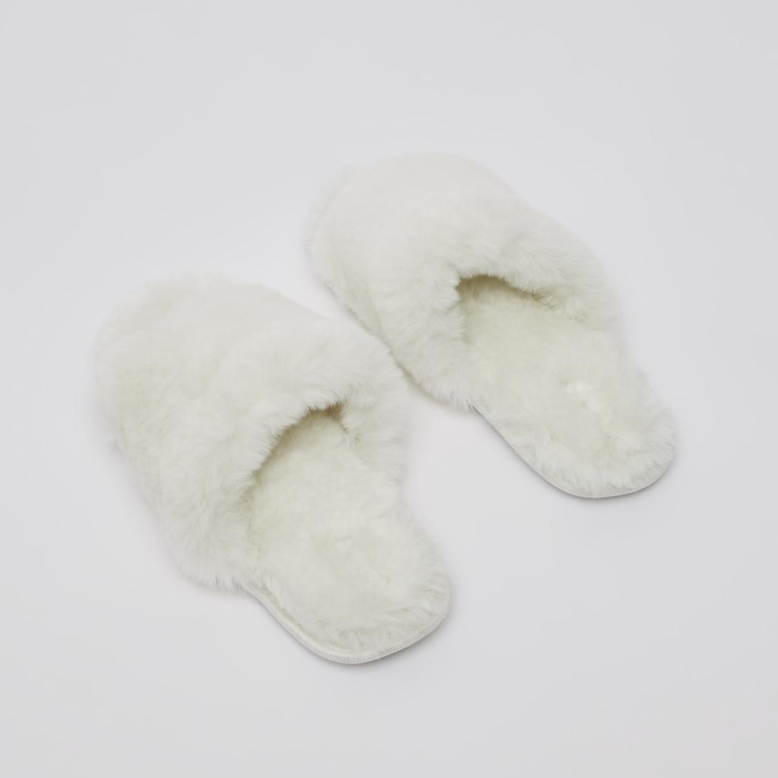 Indoor Plush Detail Slip-On Bedroom Slippers