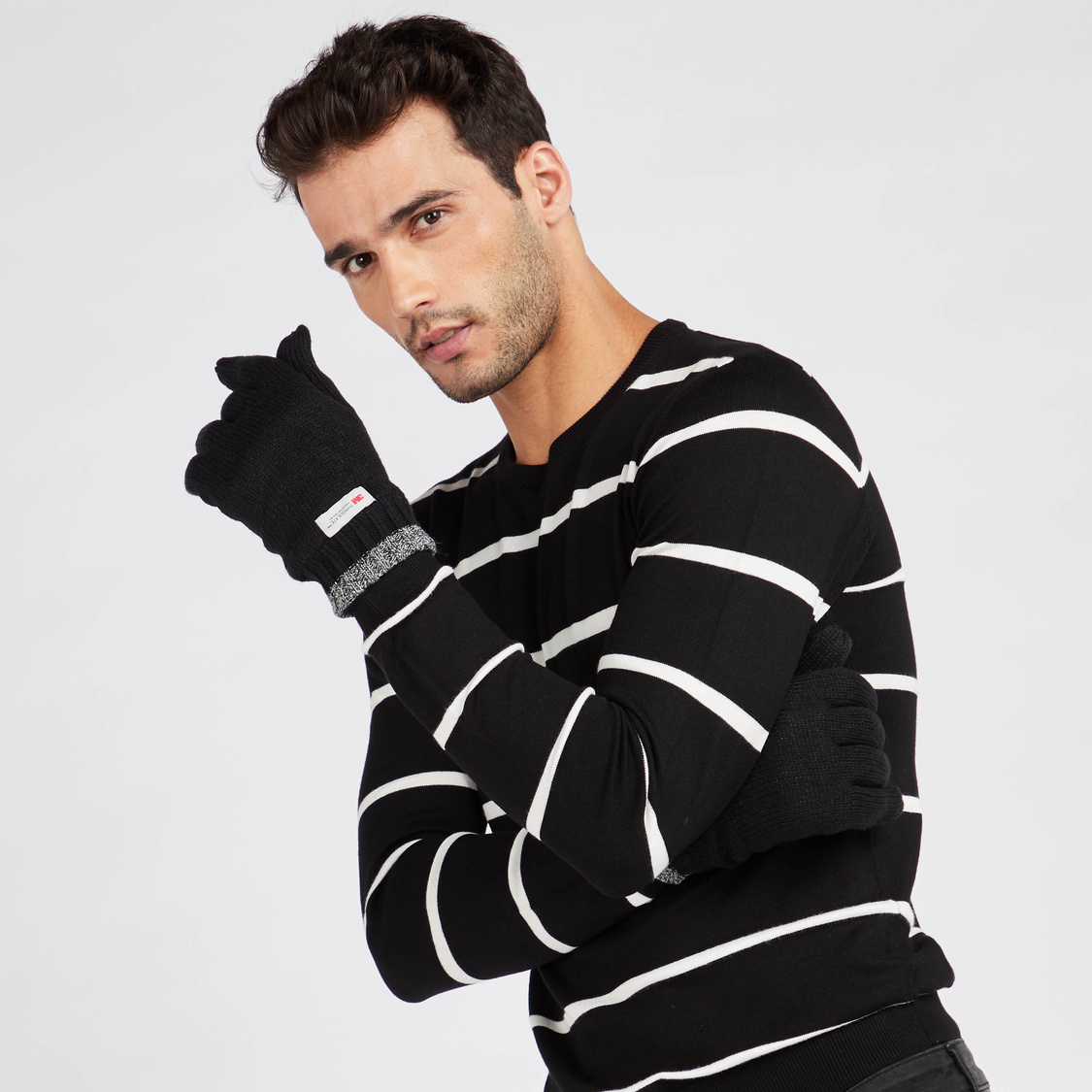 Knitted Gloves with Cuffed Hem