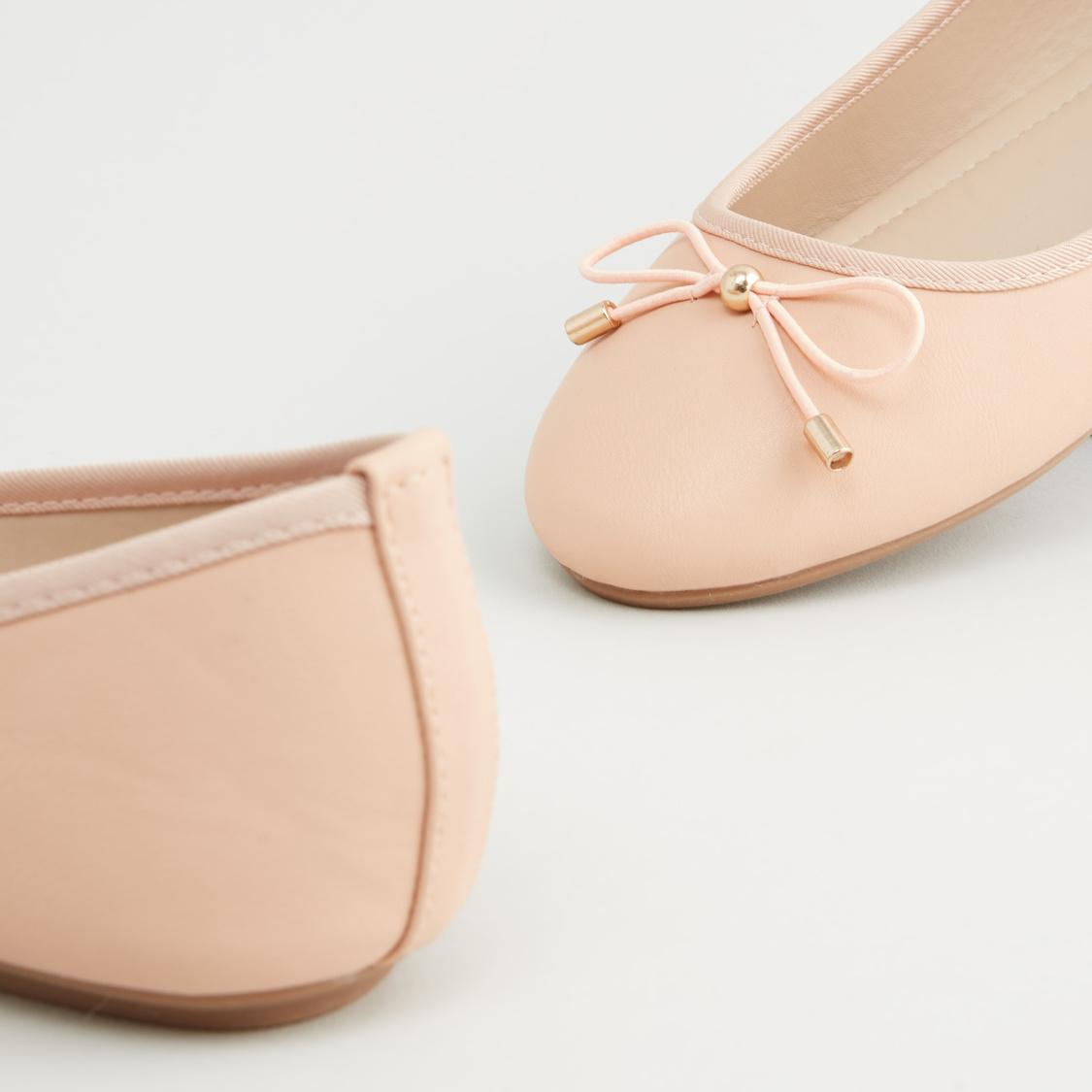 Plain Round Toe Ballerinas with Bow Applique
