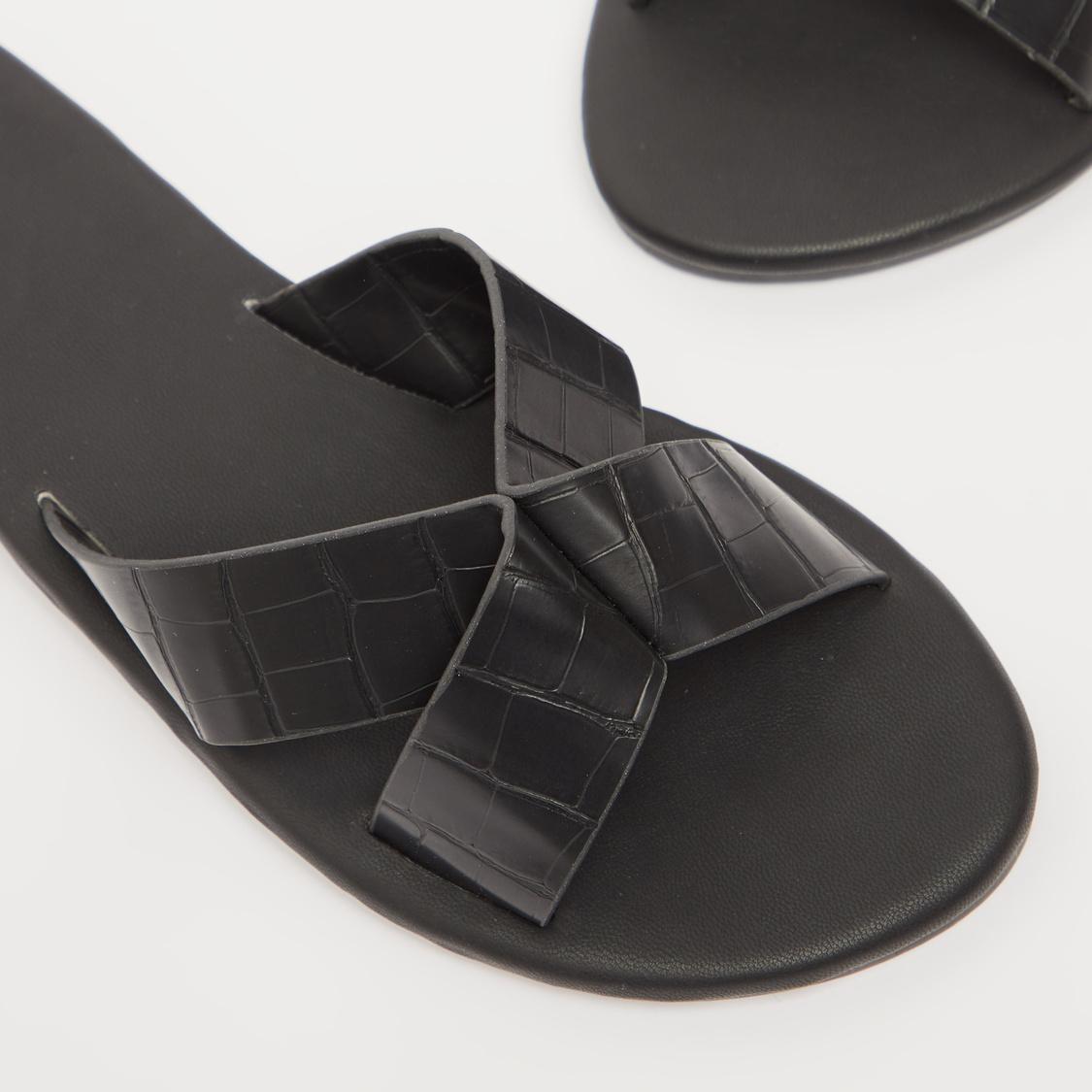 Reptilian Textured Criss Cross Flat Sandals