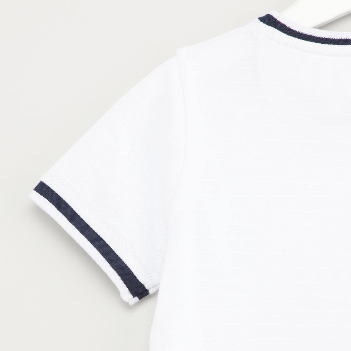 Printed T-shirt wirh Round Neck and Short Sleeves