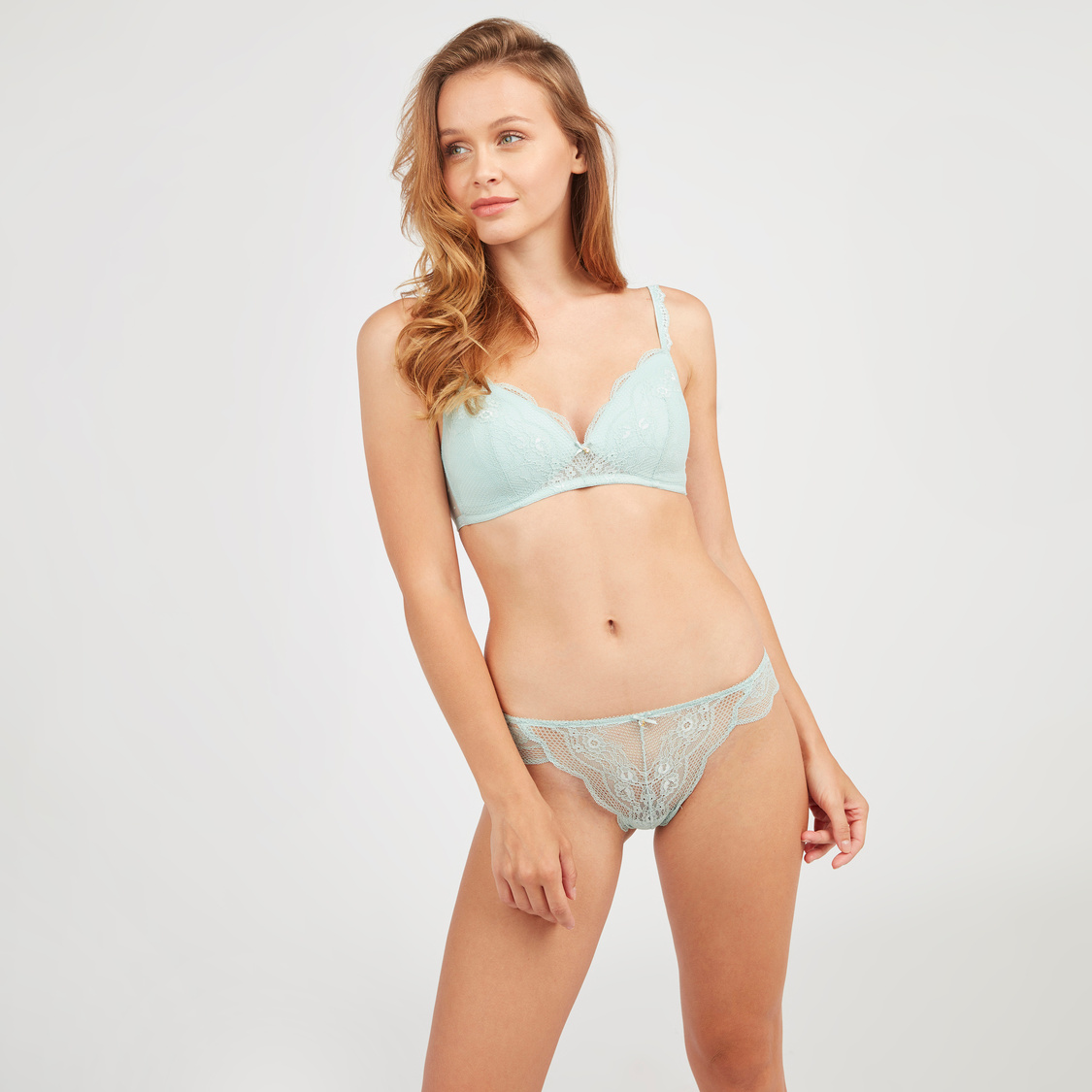 Lace Detail Plunge Bra with Hook and Loop Closure