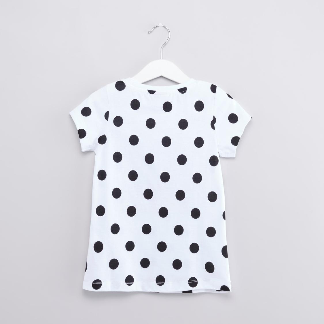 Hello Kitty Printed T-shirt and Pyjama Set