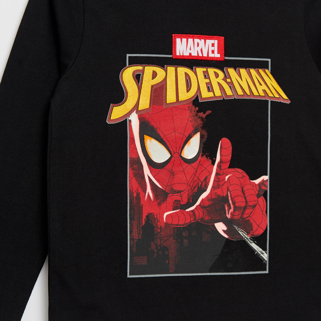 Spider-Man Print Round Neck T-shirt with Long Sleeves