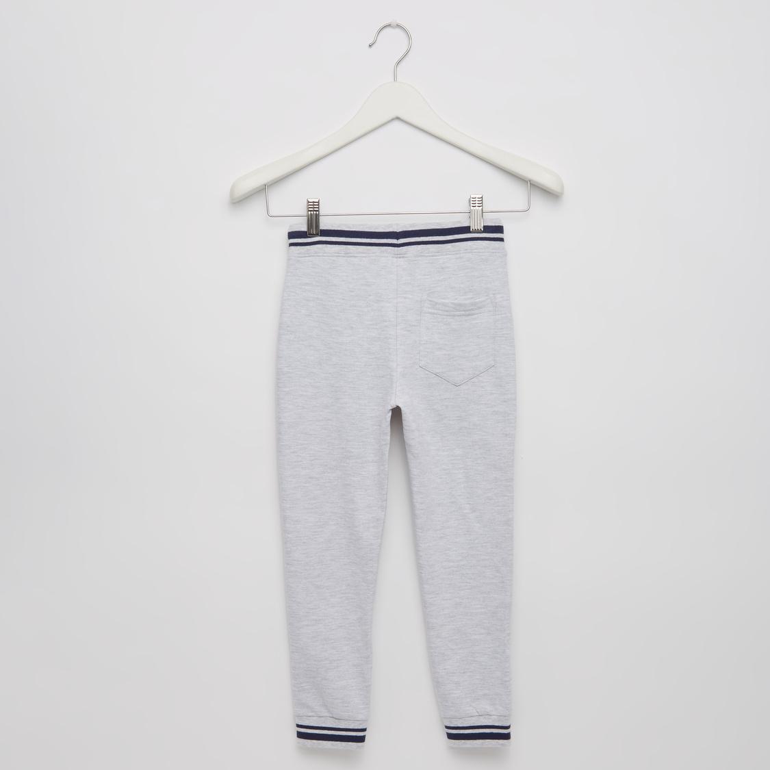 Typographic Print Hooded T-shirt and Jog Pants Set