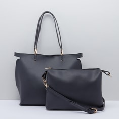 حقيبة يد بتفاصيل ميتاليك مع حقيبة كروس بودي