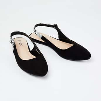 CODE Solid Suede Pointed-Toe Shoes