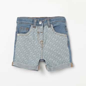 JUNIORS Paisley Print Denim Shorts with Upturned Hems