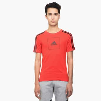 ADIDAS Printed Crew Neck T-shirt with Shoulder Stripes