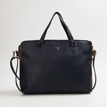 BAGGIT Women Textured Messenger Bag