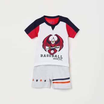 JUNIORS BASICS Boys Printed T-shirt with Elasticated Shorts