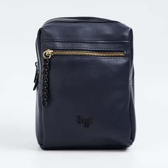 BAGGIT Women Solid Backpack
