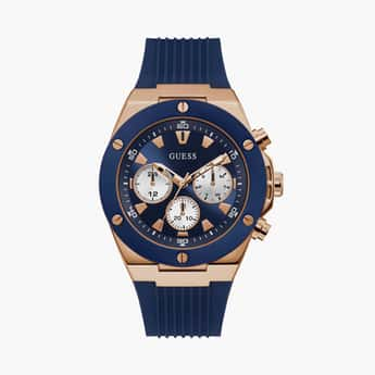 GUESS Men Analog Watch with Silicon Strap - GW0057G2