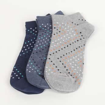 CODE Men Dot Patterned Socks- Pack of 3