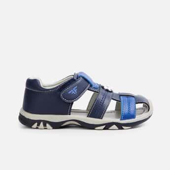 FAME FOREVER Boys Solid Sandals