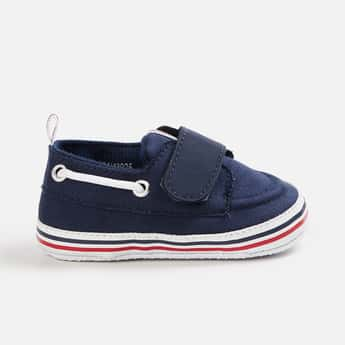 FAME FOREVER Boys Solid Velcro Shoes