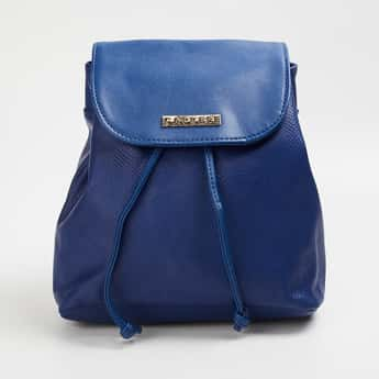CAPRESE Women Textured Backpack