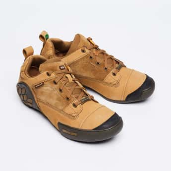 WOODLAND Mid-Top Leather Casual Shoes