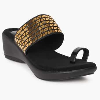 CATWALK Geometric Metallic Wedge Sandals