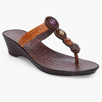 CATWALK Embellished T-strap Heeled Sandals