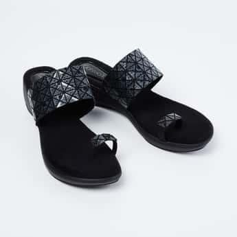 CATWALK Embellished Ring-Toe Flatforms