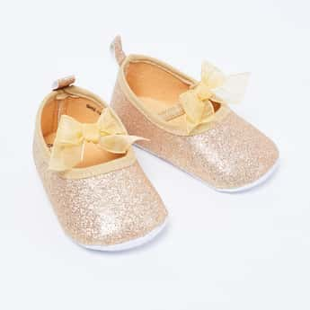 FAME FOREVER Shimmery Flat Shoes with Bow