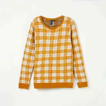 FAME FOREVER YOUNG Checked Full Sleeves Sweater