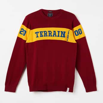 INDIAN TERRAIN Typographic Intarsia Knit Full Sleeves Sweater