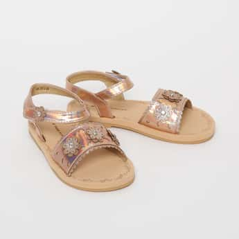 FAME FOREVER Shimmery Flat Sandals with Floral Applique